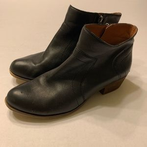 Lucky Brand Black Leather Ankle Zip Up Boots 8.5